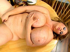 Busty plumper Renee Ross blowjob video